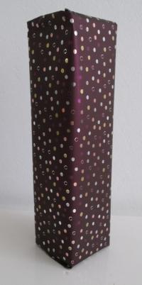 Cadeaupapier bordeaux metalic stip 50cmx100mtr.